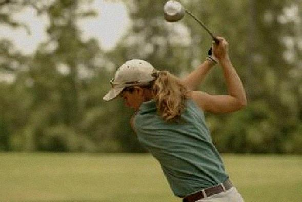 keep eye on ball during golf swing