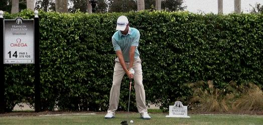 shoulder position in golf swing